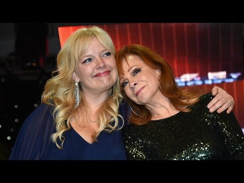 Melissa Peterman on Pal Reba McEntire's Split  'She's Doing Great'