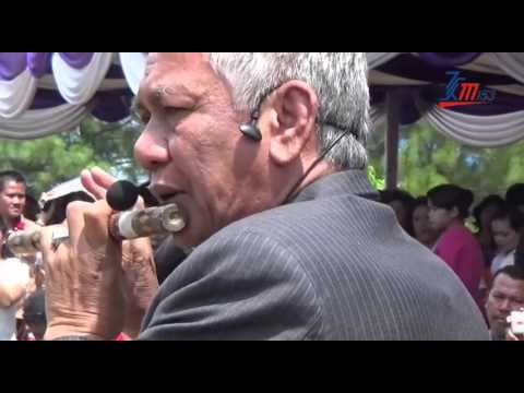 Duet suling, bupati tobasa vs martogi sitohang