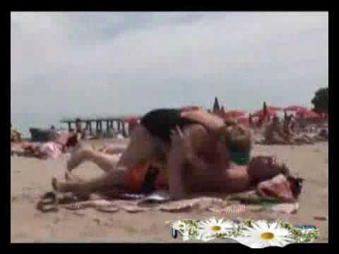 Video clip- -Hàng khủng- trên bãi biển - Cười suốt 24giờ - Video Clip Cười.flv