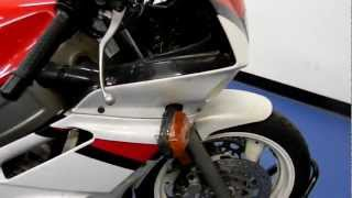 SLXI / SSB: MSN1523 1992 Yamaha FZR600 Red For Sale at Simply Sport Bikes(1).MOV