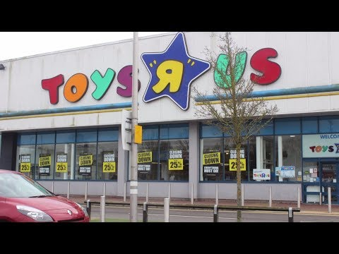 HD Northampton Toys R Us Closing Down Sale, Smyths Toy Superstore & North Gate Bus Station 9.3.2018