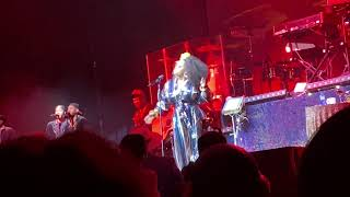 Jill Scott performs Gettin' In The Way LIVE