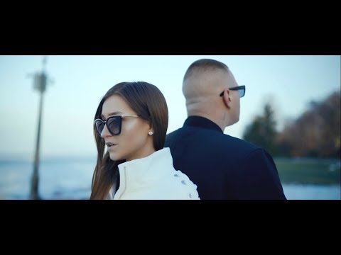 Essemm - A világ elől ft. Karola (Official Music Video)