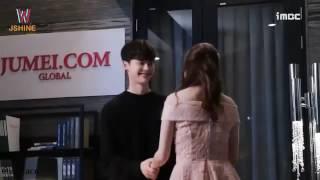 Video Lee Jong Suk - Han Hyo Joo Cute Moments [ JongJoo / Honey Couple ] download MP3, 3GP, MP4, WEBM, AVI, FLV April 2018