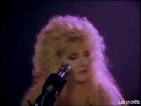 Seven Wonders (Live)  -  Fleetwood Mac (HQ Audio)