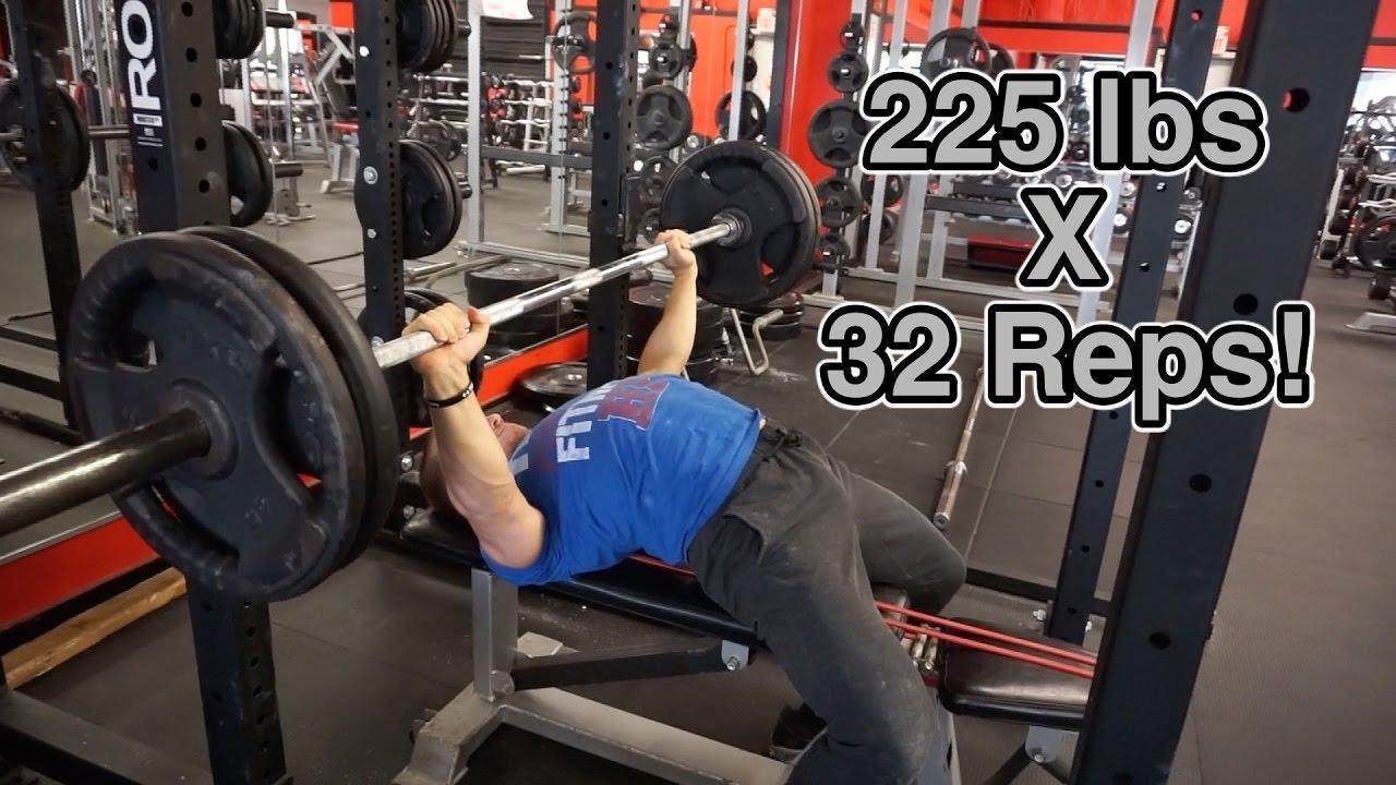 How To Bench Press 225lbs Like A Nfl Linebacker Hunt Fitness