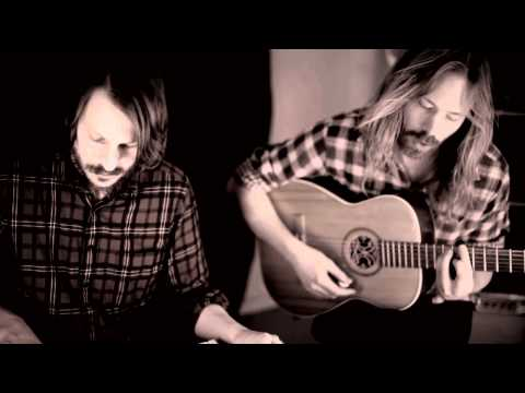 Friska Viljor - Useless (Acoustic version)