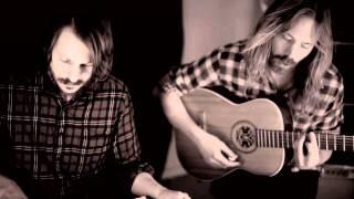 Friska Viljor - Useless (Acoustic version)