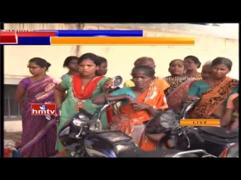HMTV Special Report: Devotee Padmanabham Health Condition Critical | Political Leaders Face To Face