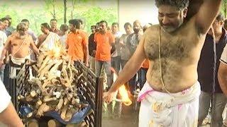 Devadas Kanakala Last Rites   Rajeev Kanakala Gets Very Emotional   Manastars