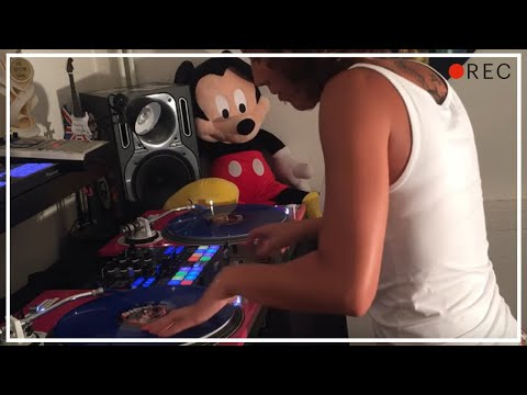 DJ Lady Style - 2 Pac changes scratch session