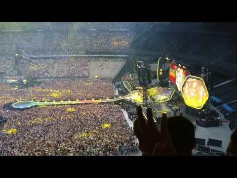 Coldplay In Paris - 15 July 2017 - Stade De France - Yellow