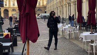Alessandro Borghese arriva a Torino per girare una puntata del programma