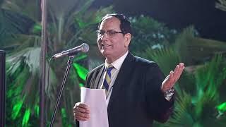sampat-saral-at-rajpath-club-ahmedabad-kavi-sammelan-2018
