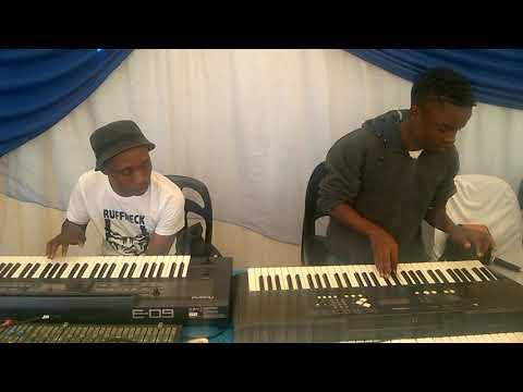 Master KG ft Zanda Zakuza - skeleton move