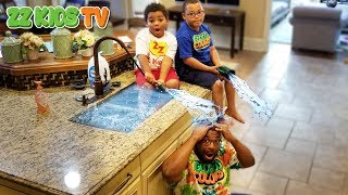 INDOOR SWIMMING POOL PRANK ON ZZ DAD! CAUGHT ON CAMERA VLOGSKIT!