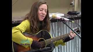 Ani DiFranco - Fire Door (KRVB Radio Acoustic)