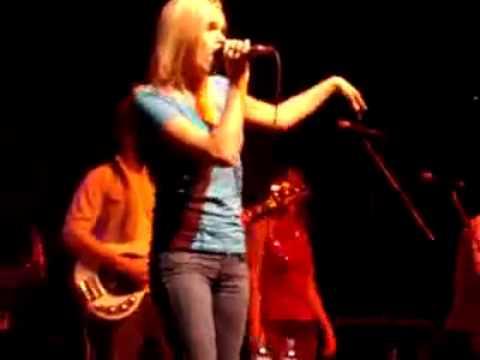 Download Nobodys Fool - Traffic Jam - Avril Lavigne Cover.mp4
