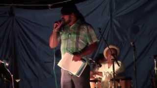 Baixar Yolanda Wisher, poet, Karen Smith, percussion and Mark Palacio, stringed bass; 8/7/2015
