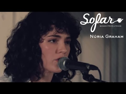 Núria Graham - Bird Hits Its Head Against The Wall   Sofar Barcelona