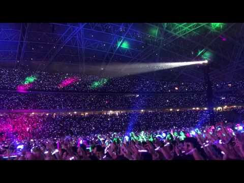 April 1, 2017   Sky Full Of Stars - Coldplay live in Singapore