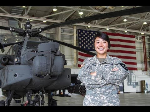 The Army Is Paying Out $35000 Bonuses To Reduce Apache Pilot Shortage