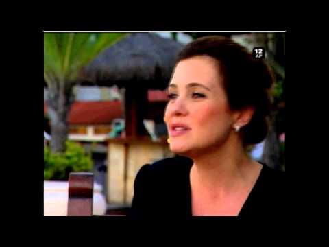Chamada Entrevista Adriana Esteves (SIC)