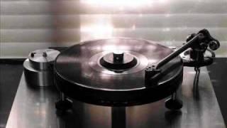 Desaparecidos İbiza Vs. Outwork feat Mr Gee - Electro