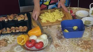 Осетрина с овощами в духовке