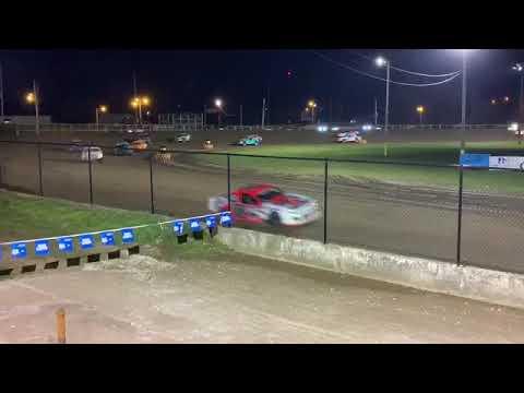 Fayette county speedway West Union Iowa USRA stock car feature 5/3/19