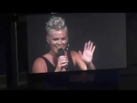 PINK - Who Knew - SUMMERFEST 2017 - July 2, 2017 - Milwaukee, WI