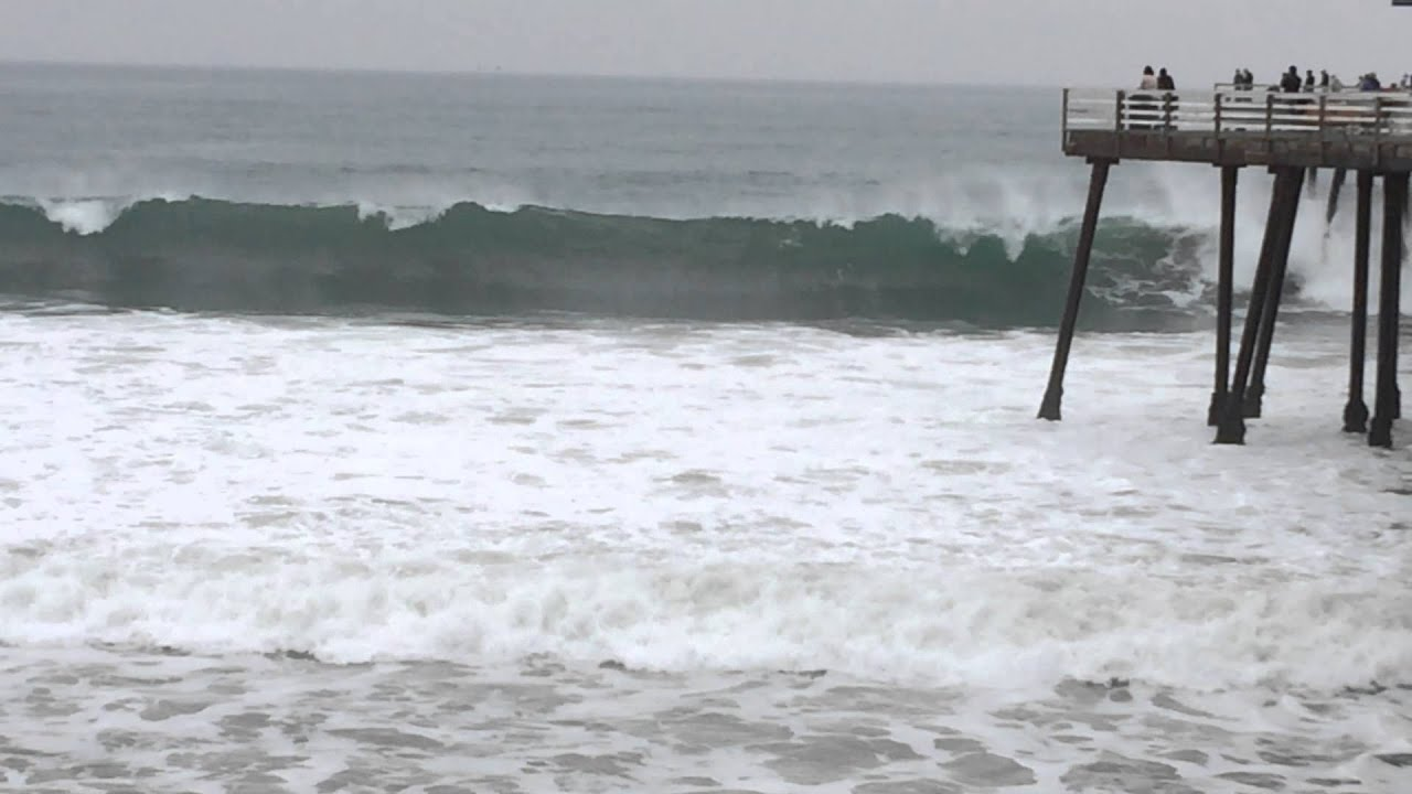 Surfing Pismo Beach Gloomy Waves