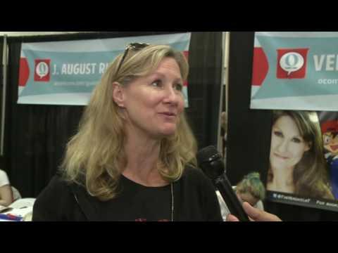 Veronica Taylor at Omaha Comic Con