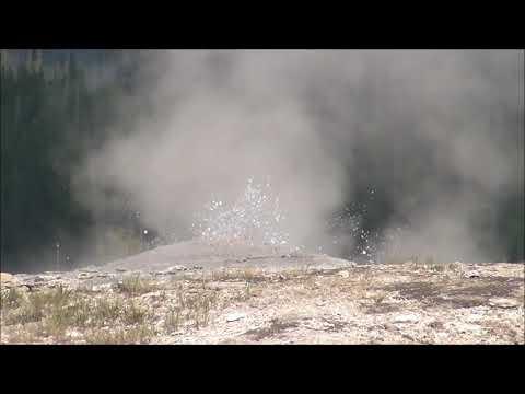 Split Cone Geyser (HD)