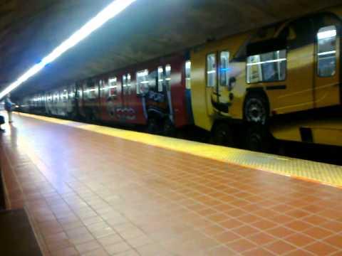 La Fiat 500 ''ravage'' le Metro de Montréal ..