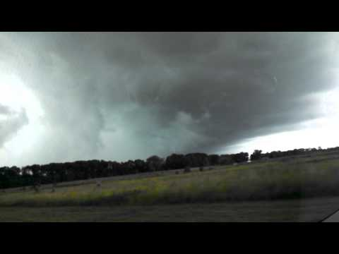 tornado kind weather in edison NJ(2)
