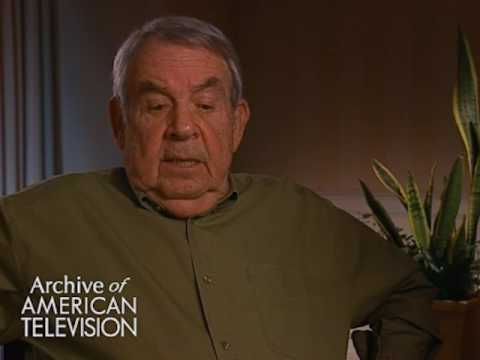 "Tom Bosley on working with Debbie Reynolds on ""The Debbie Reynolds Show"" - EMMYTVLEGENDS.ORG"
