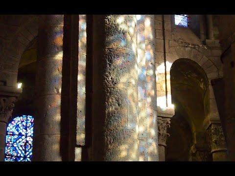 Basilique Notre Dame d'Orcival - Ancient Voices