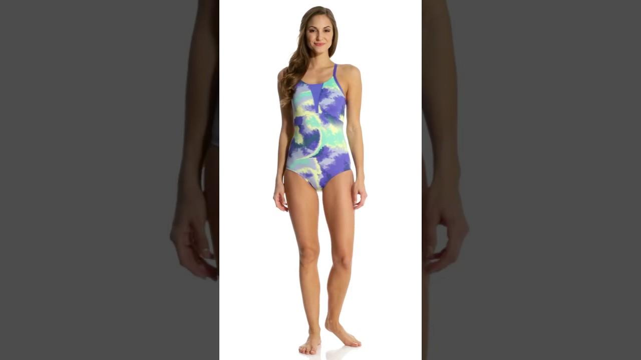 Nike Women's Cascade Racerback One Piece Swimsuit | SwimOutlet.com