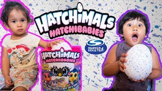 Hatching Our First Hatchimals HATCHIBABIES Toy Review Monkiwi Cheetree Ponette Koalabee Chipadee