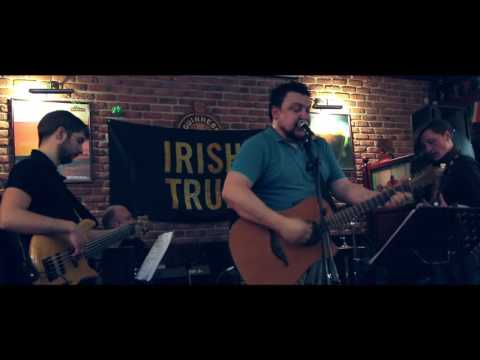 THE DELICATS Cover Band performs Irish Pub Songs during St.Patrick's Week 2016