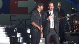 peyton manning and luke bryan singing folsom prison blues 4 27 2013