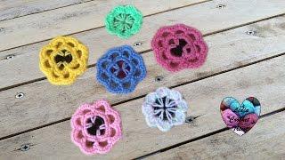 Fleurs au crochet avec boutons / Flores a crochet con botones