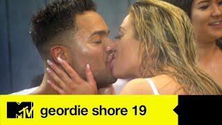 EP #9 SPOILER: Another Geordie Hot Tub Orgy | Geordie Shore 19