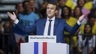 Fransa'da cumhurbaşkanı adayı Macron seçim kampanyasına hız verdi