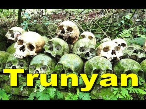 TRUNYAN Village CEMETERY Wisata Misteri Kintamani Bali - Trunyan Scent of The Death [HD]