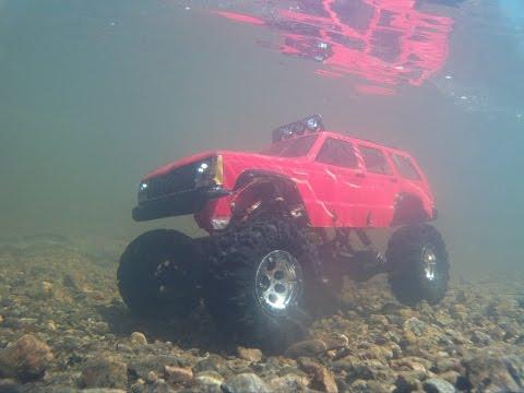 Rc 4x4 test 2 underwater axial ax10 jeep cherokee 4x4 radio control.