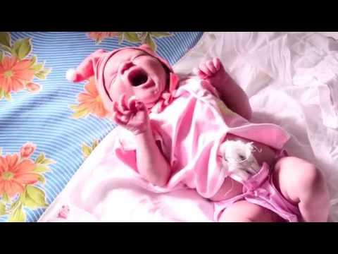 Ladki Bhi Name Roshan Karti Hai Song HD