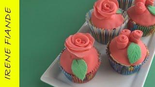 Цветы из мастики для торта.  Как легко сделать  розу из мастики(Цветы из мастики. Мастер класс роза. Как быстро сделать розу из мастики. Как украсить маффины розой из масти..., 2015-03-24T07:50:02.000Z)