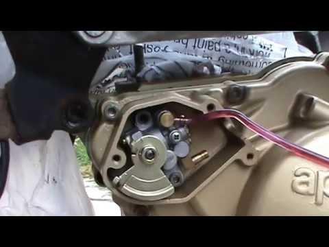RS125 Oil pump test | Doovi